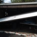 GARAGE DOOR OFF TRACK. GARAGE DOOR REPAIR